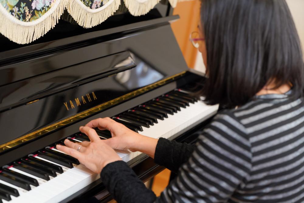 大人のためのピアノレッスン画像