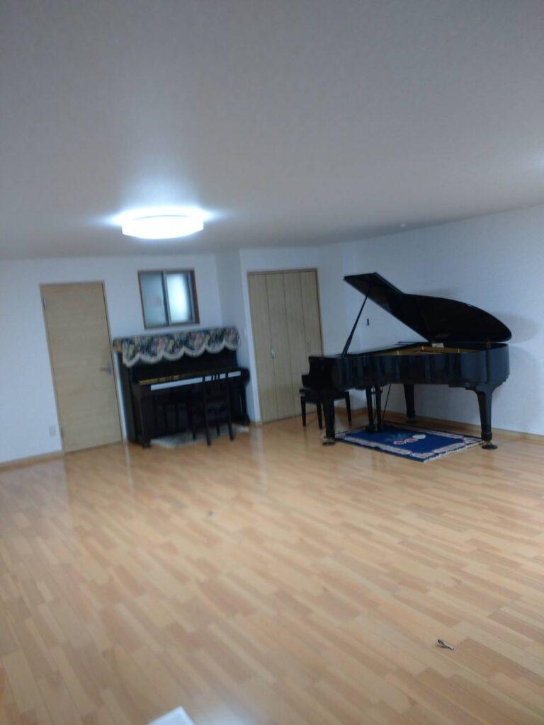 ピアノを移動しました。画像